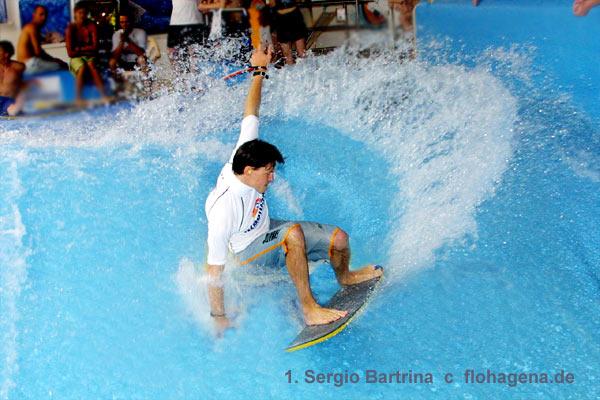 surfsport technologie Wave Garden produziert die perfekte Welle im baskischen Tal