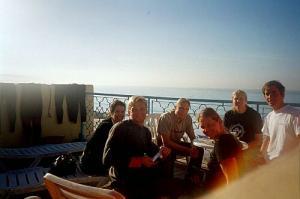 von links nach rechts: Barbara, Tschetan, Mo, Heike, Britta, Micha