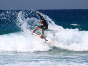 kleine Welle, großer Spray, photo: ocean-walker.com