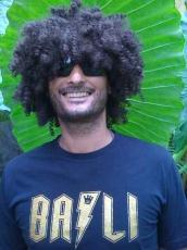 Ari Giorginis, Surfcamppionier auf Bali