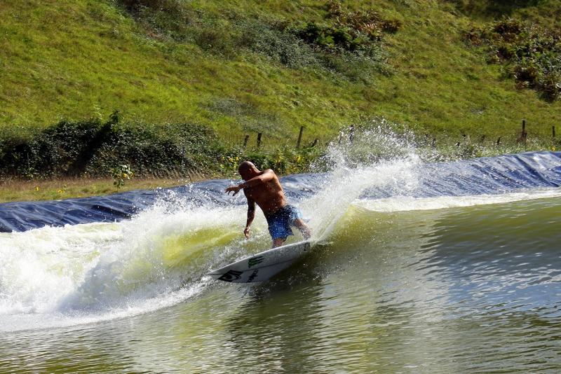 Anlage wellen generieren Energieverbrauch Surf Wellengenerator