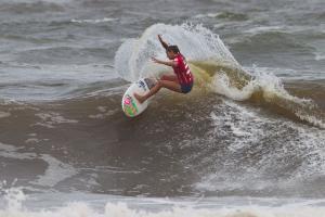 Surfer: Philippa Anderson